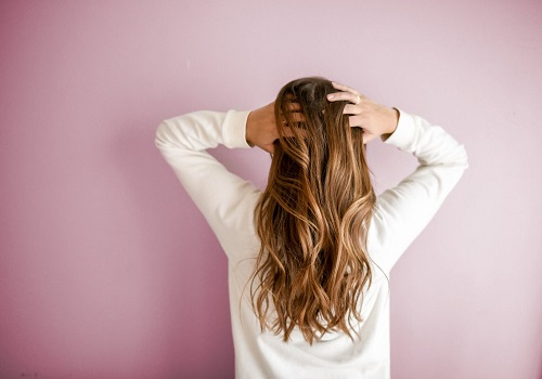 3 Everyday Things To Get Healthy Locks